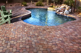 Native Blend thin veneer pavers shown surrounding a gorgeous swimming pool setting